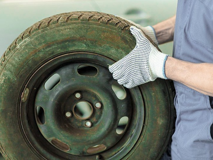 [etags.com](https://www.etags.com/blog/wp-content/uploads/2016/06/What-Happens-To-Your-Old-Tires-When-You-Replace-Them.jpg)